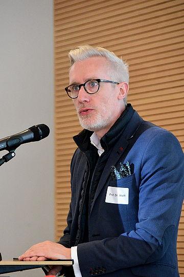 Prof. Dr. Benjamin-Immanuel Hoff